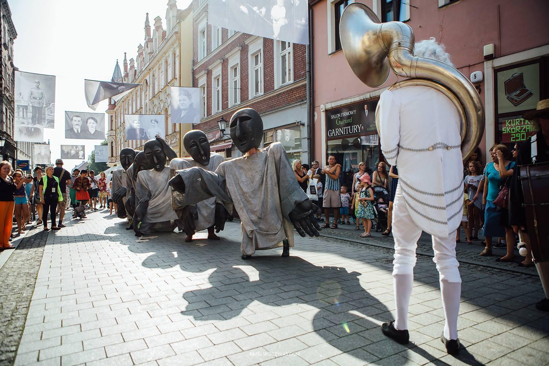 """Chełmno i Perspektywy - 9 Hills Festival, czyli sztuka, która opanuje miasto. """"Będzie dziać się magia"""" fot. Rafał Skoczylas"""