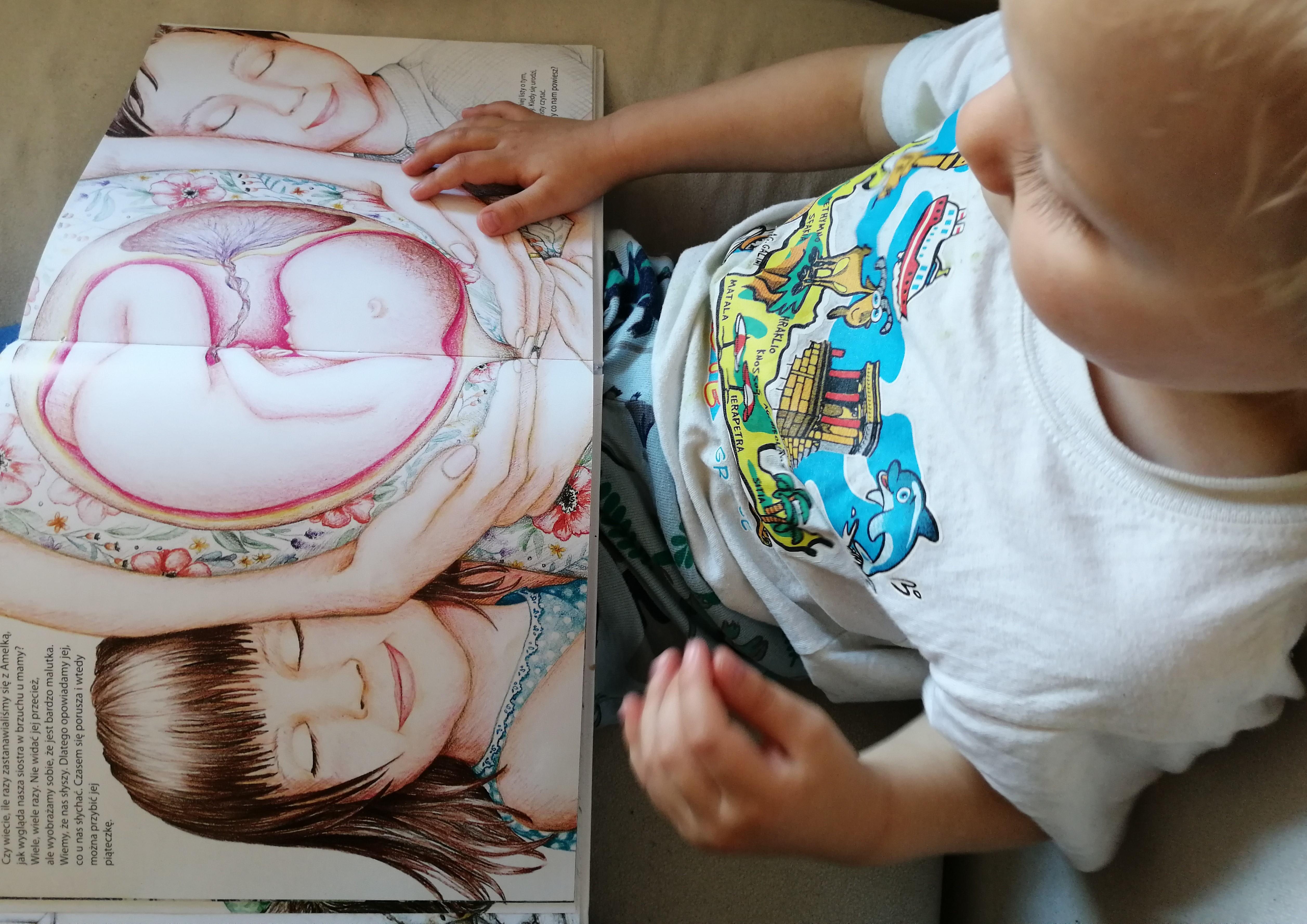 """""""RodziMy"""" - najpiękniejsza książka dla dzieci o porodzie + wywiad z autorką"""